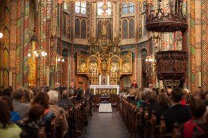 De St. Willibrorduskerk in Utrecht, waar deze week de theatrale uitvaartmis 'De uitvaart' wordt gehouden.