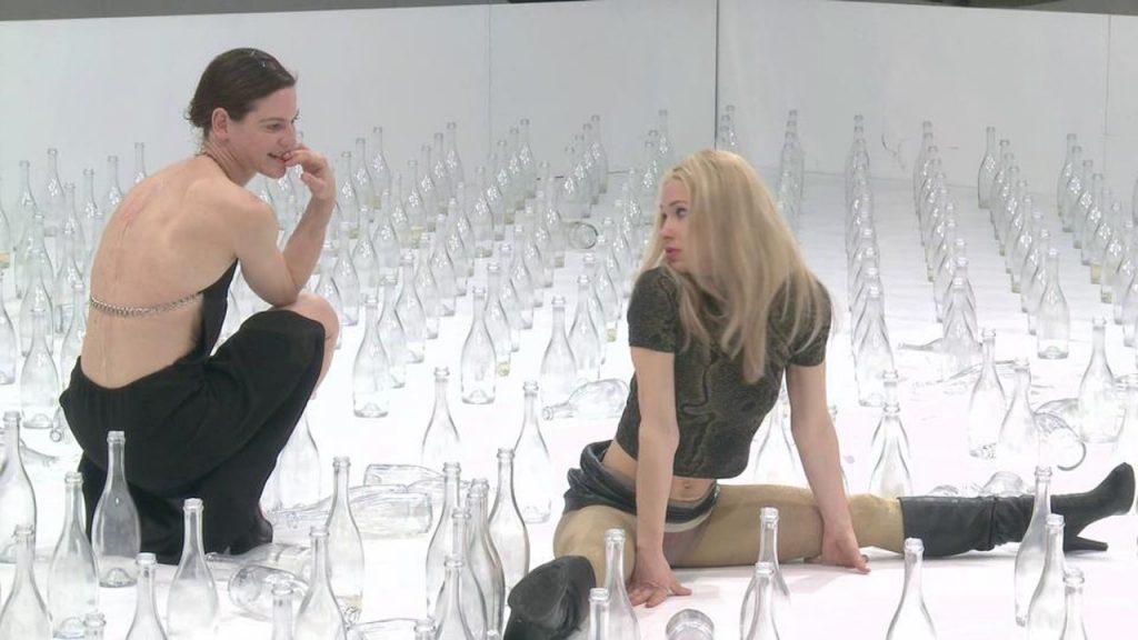 Bibiana Beglau en Andrea Wenzel in Die bitteren Tränen der Petra von Kant ©  Hans Jörg Michel