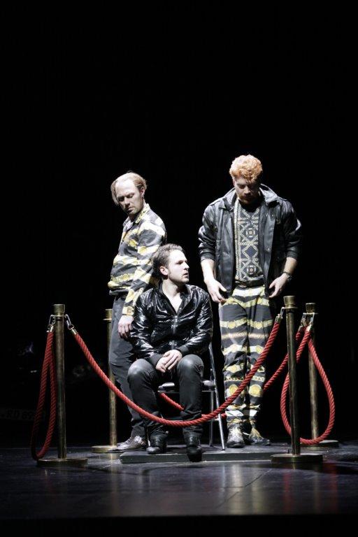 Gunther (Tim Porath), Hagen (Dimitrij Schaad) en Gerenot (Aram Tafreshian) © Ute-Langkafel