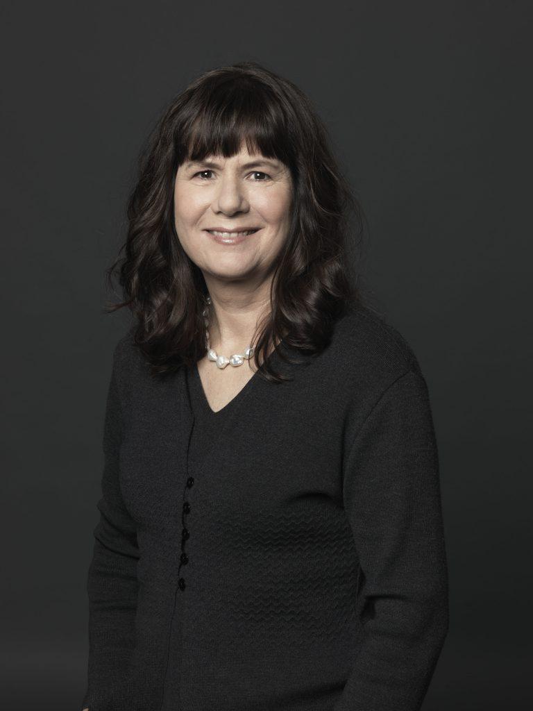 Schrijfster Carolijn Visser ©Annaleen Louwes