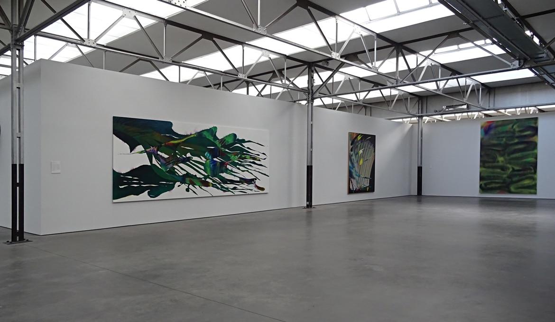 Museum De Pont zaaloverzicht werken Katharina Grosse