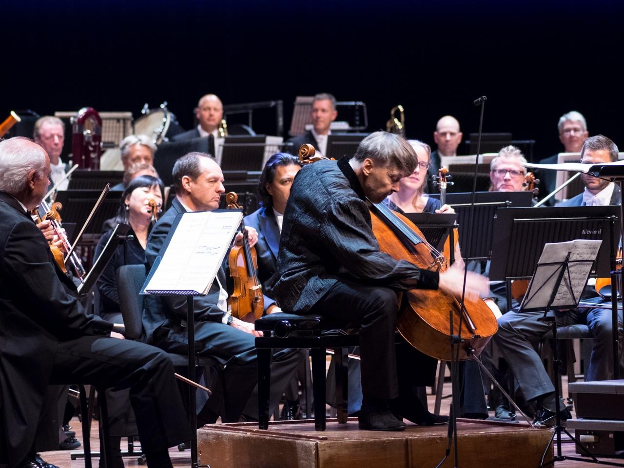 Ivan Monighetti en Rotterdams Philharmonisch Orkest, MGIJ 28-10-2016