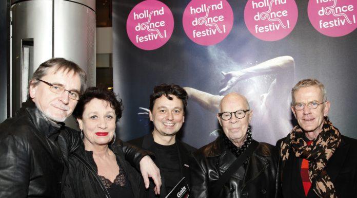 Gala Holland Dance Festival 2014 vlnr: Jiri Kylian, Sabine Kupferberg, Samuel Wuersten, Hans van Manen, Henk van Dijk. (Foto: Antoinette Mooy)