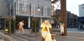 vlnr: Koen van Impe, Clara Cleymans en Waas Gramser van Comp Marius in Rotterdam, Figaro. Foto: Wijbrand Schaap