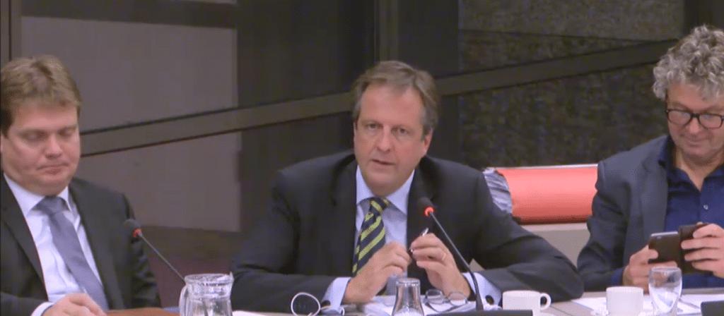 Van Veen (vvd), Pechtold (d66) en Monasch (pvda) tijdens het begrotingsdebat cultuur
