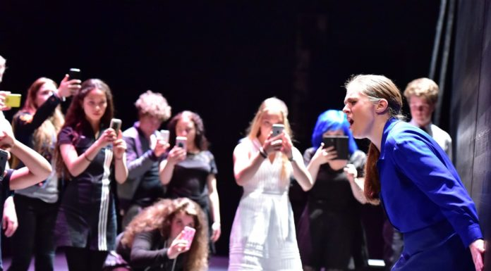 Melancholia-Bryony-Dwyer-junges-theater-basel-©-Sandra-Then