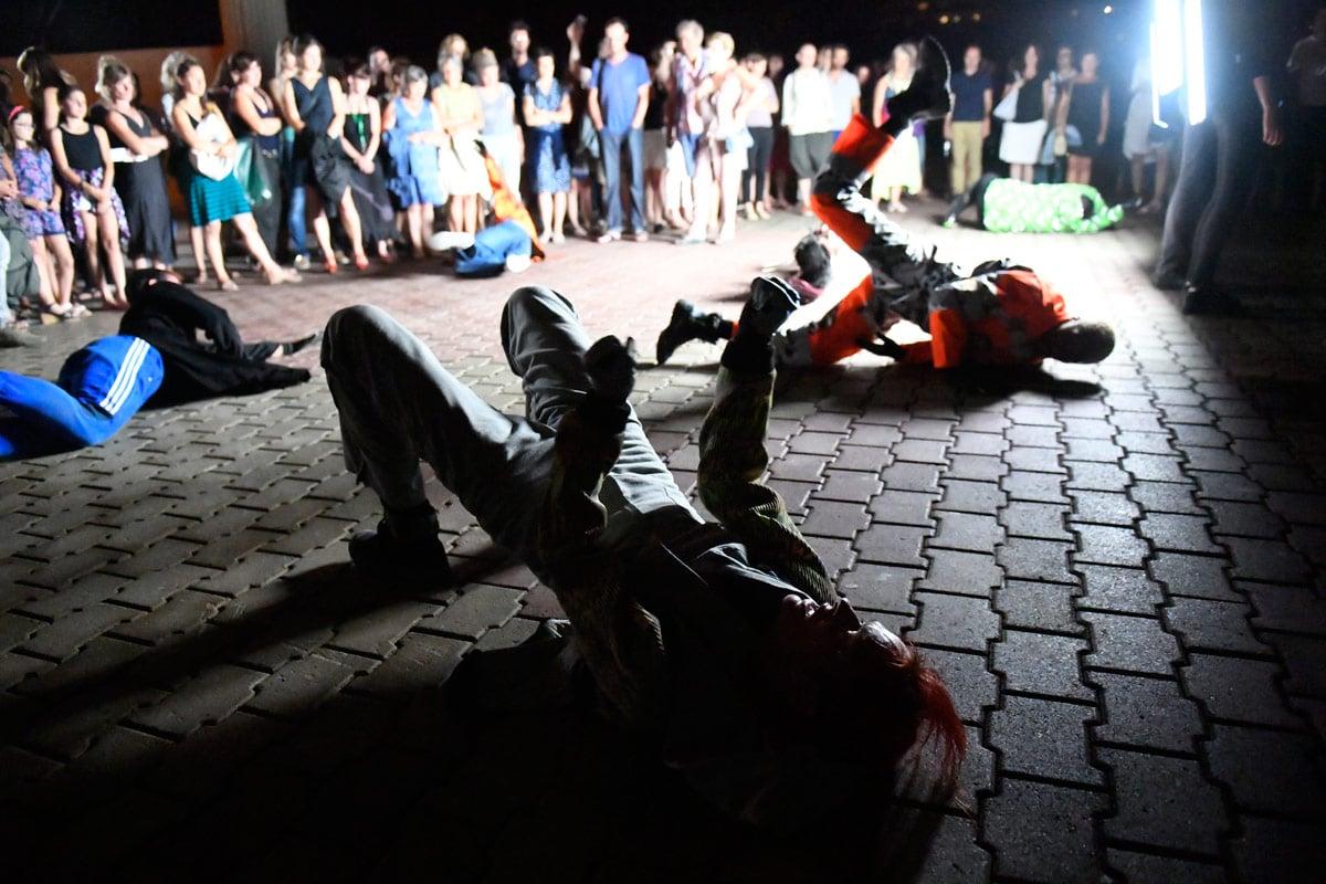 danse de nuit, Boris Charmatz / Musée de la danse. Foto: Boris Brussey.