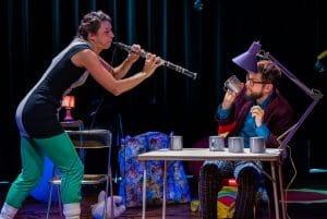 Performania: minicomputers in ballonnen en een echte elektrische hobo in vrolijk knutseltheater